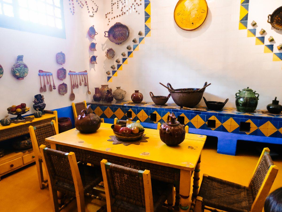 de keuken van casa azul in mexico ccity