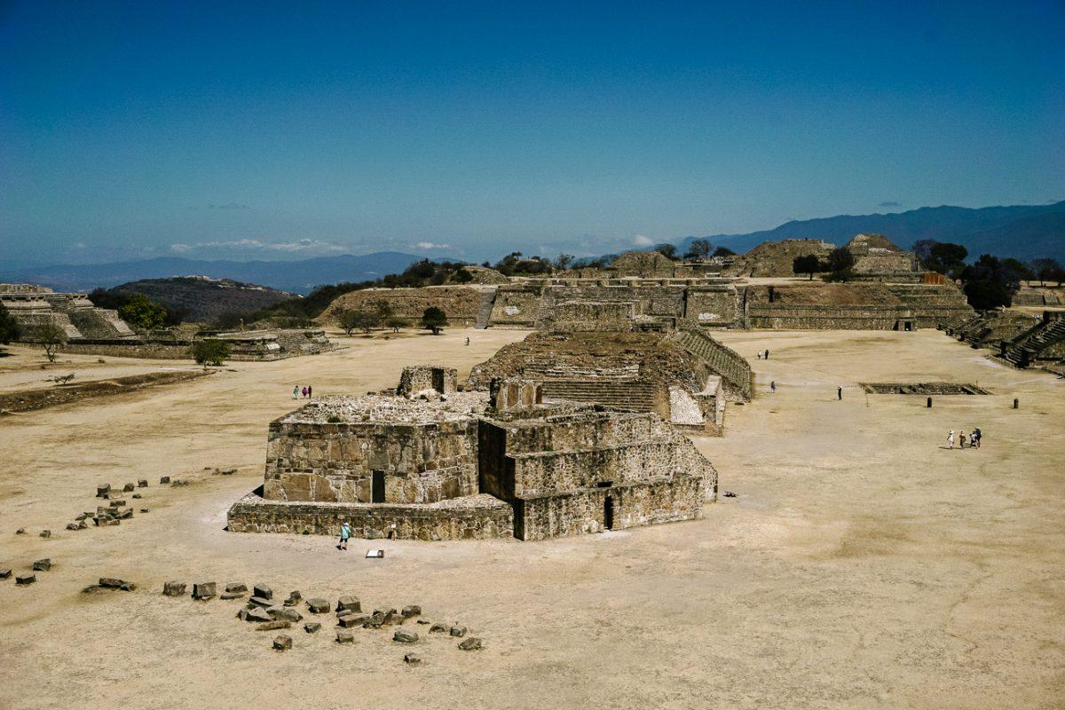 Discover the ruins near Oaxaca