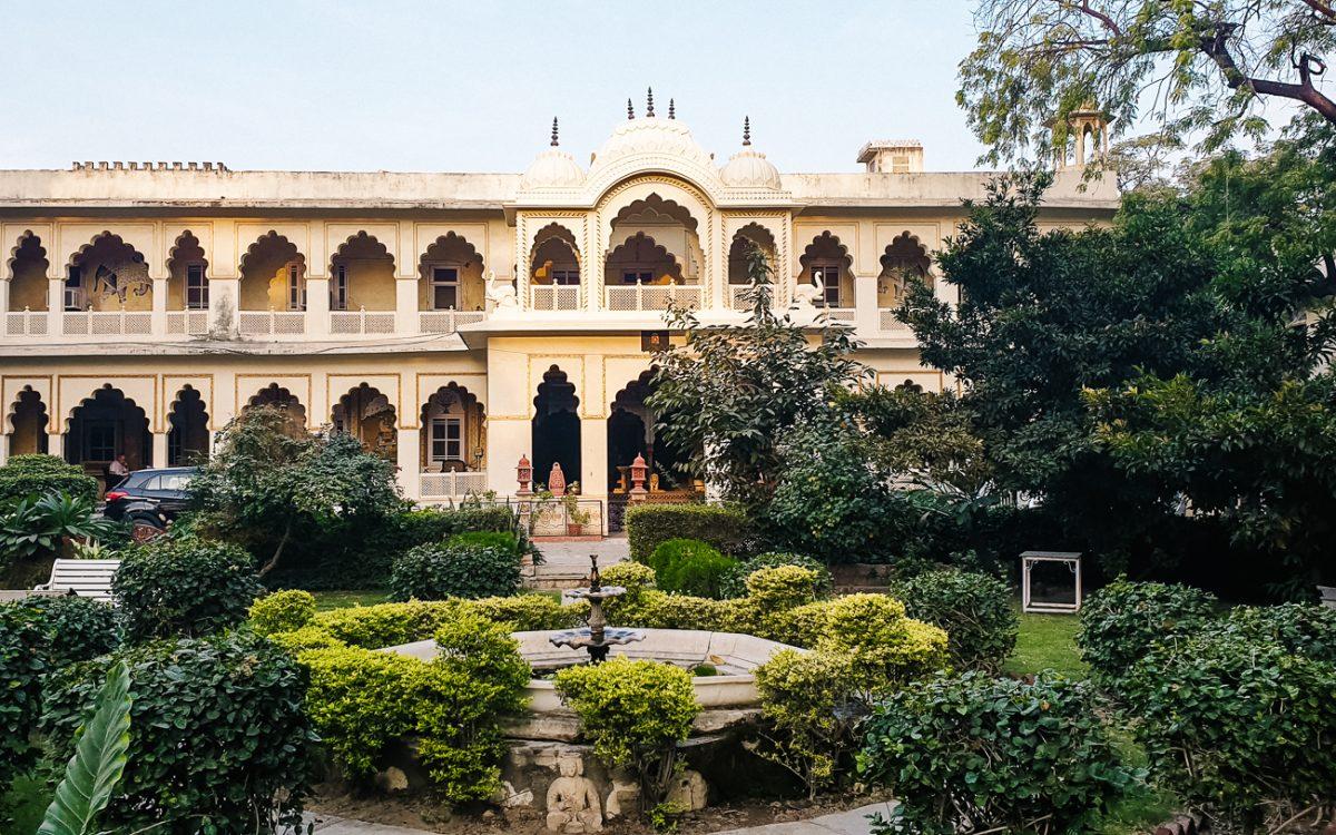 hotels in paleizen in India