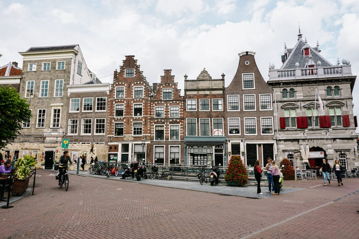 What to do in Haarlem | stroll around the city center