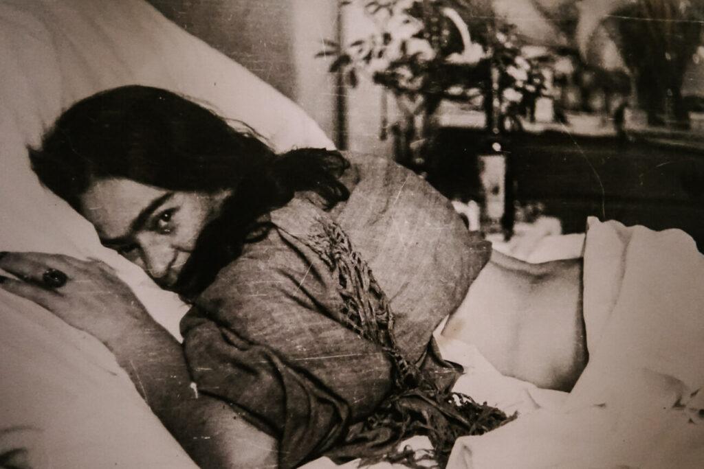 foto van Frida Kahlo, te zien in Casa Azul