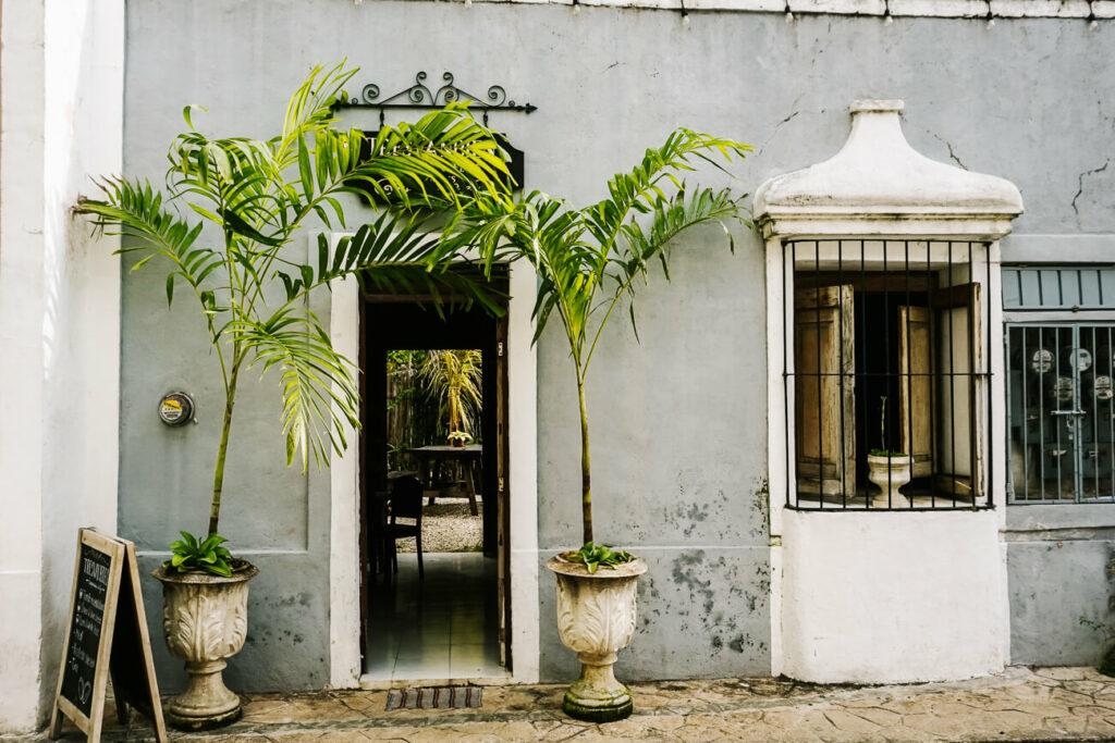 Tresvanbien restaurant in calle de los frailes