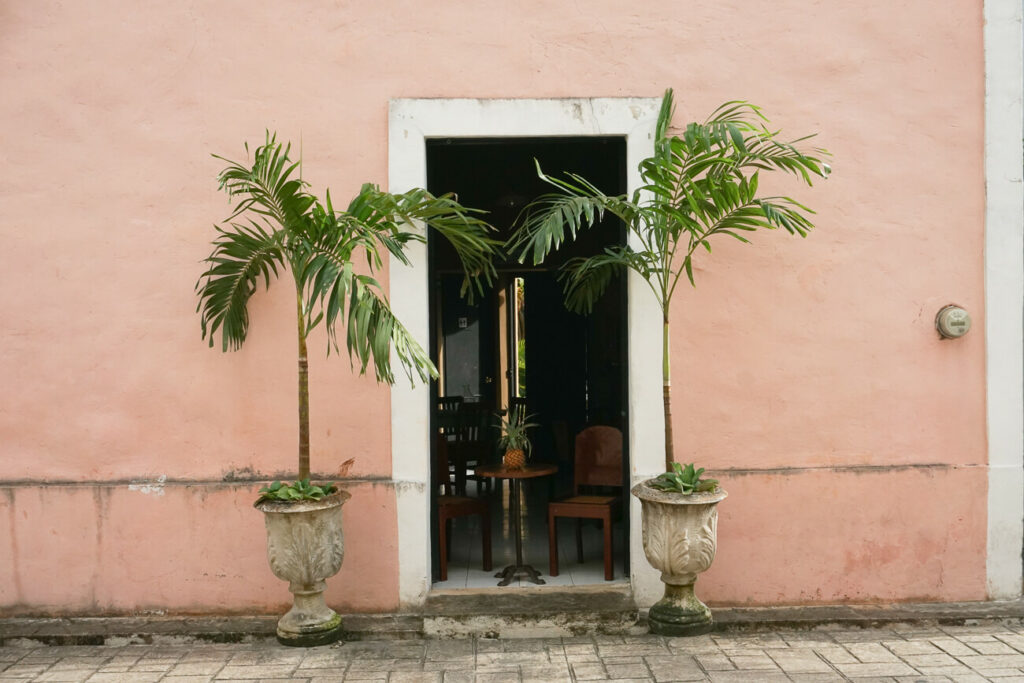 calle de los frailes in Valladolid in Mexico, one of the best things to do in valladolid mexico