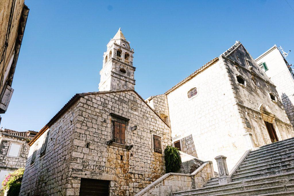 kerk in Vis, Dalmatische kust van Kroatie