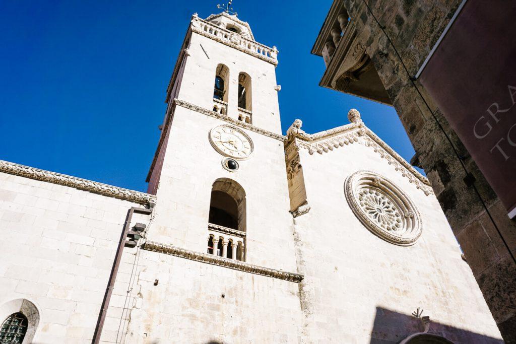 klokkentoren in Korcula Kroatie