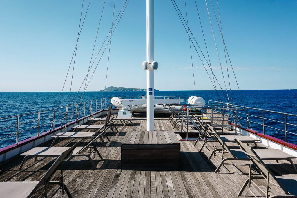 deck van explorer cruise Almissa Sail Croatia