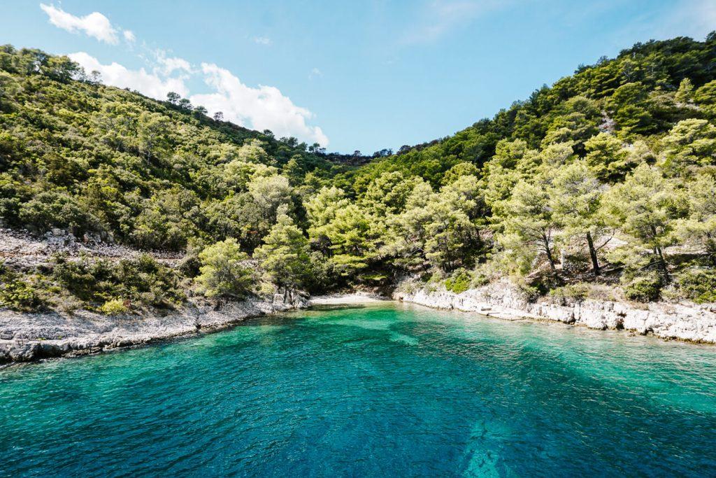 zwemstop tijdens SailCroatia cruise Kroatie
