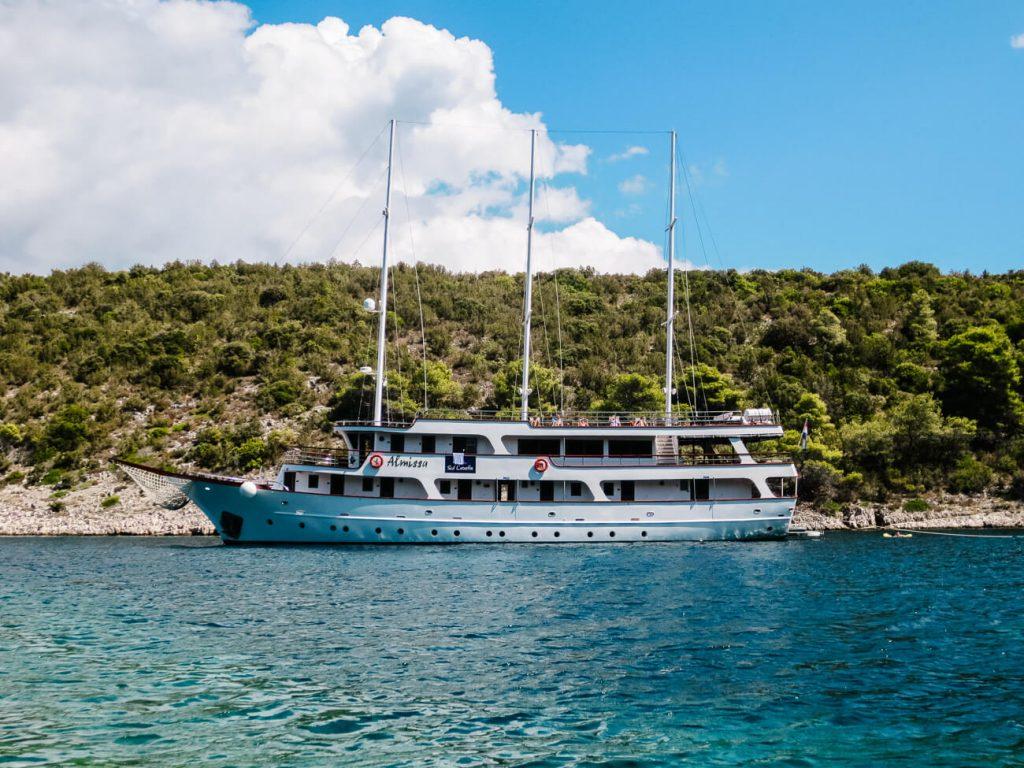 Explorer Cruise, Almissa van Sail Croatie, langs de Dalmatische kust in Kroatie