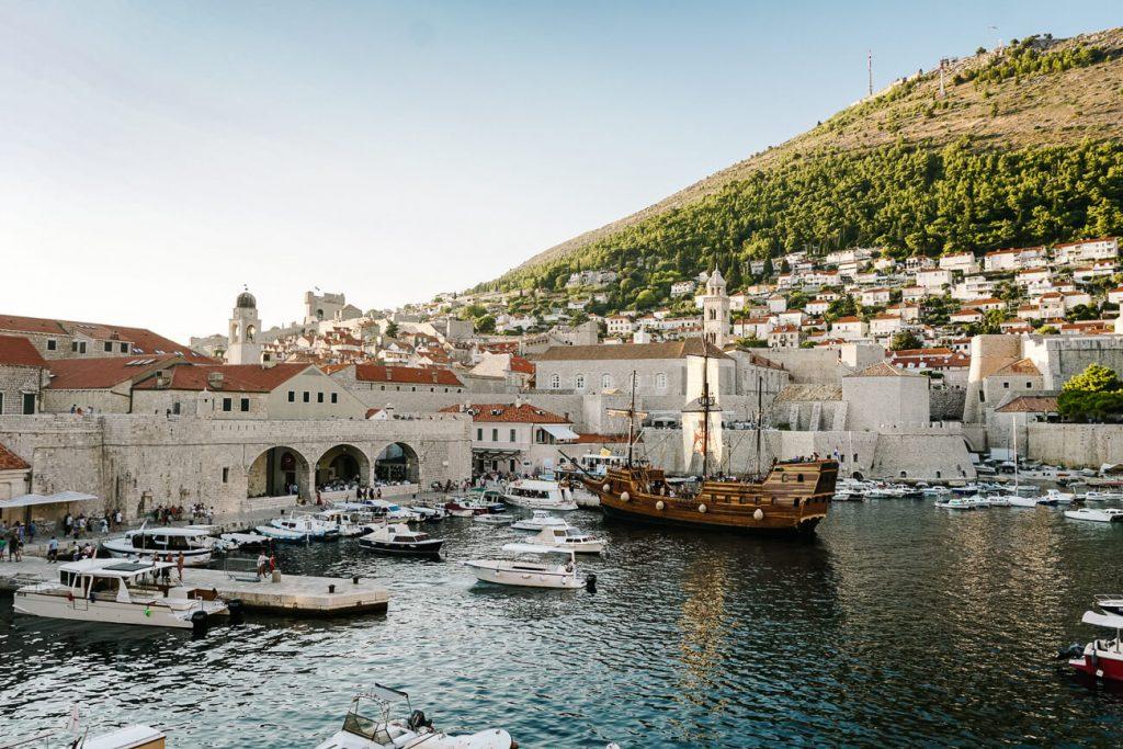 uitzicht over Dubrovnik haven, Dalmatische kust Kroatie
