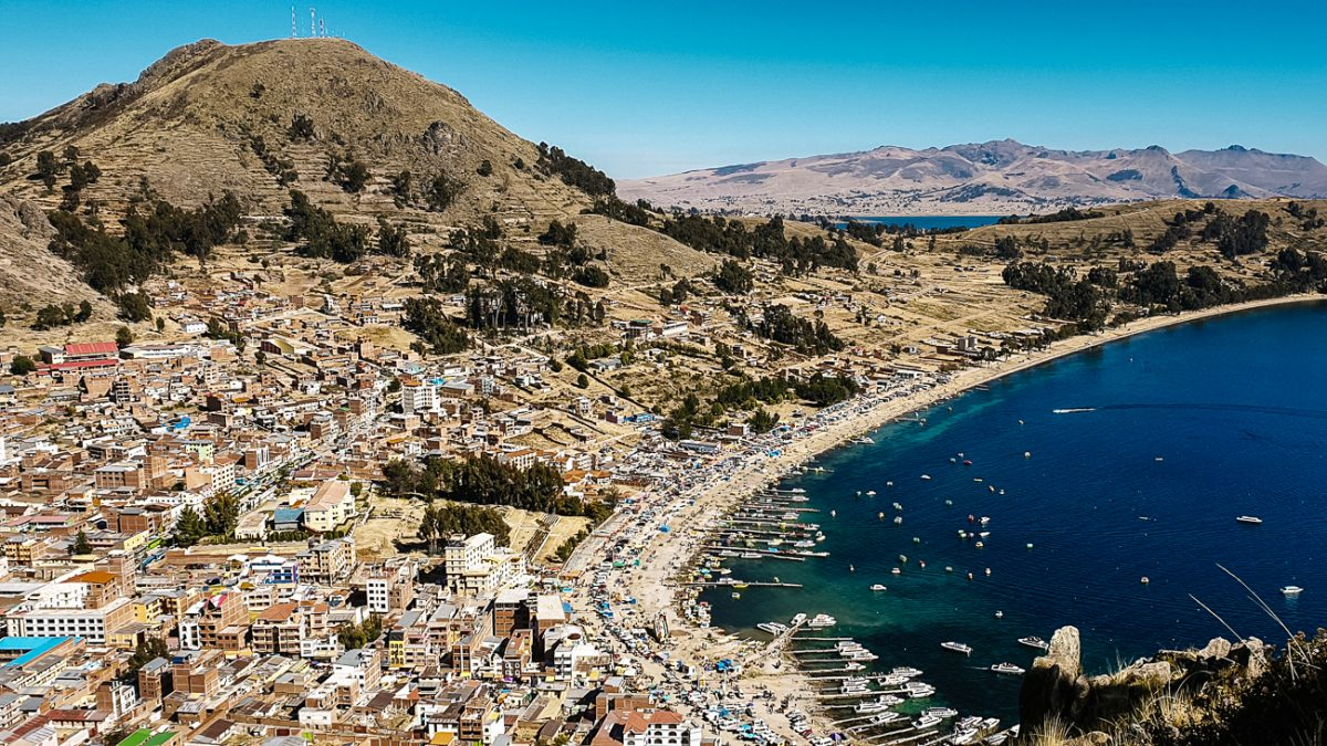 Discover the best things to do in Copacabana Bolivia - Cerro Calvario