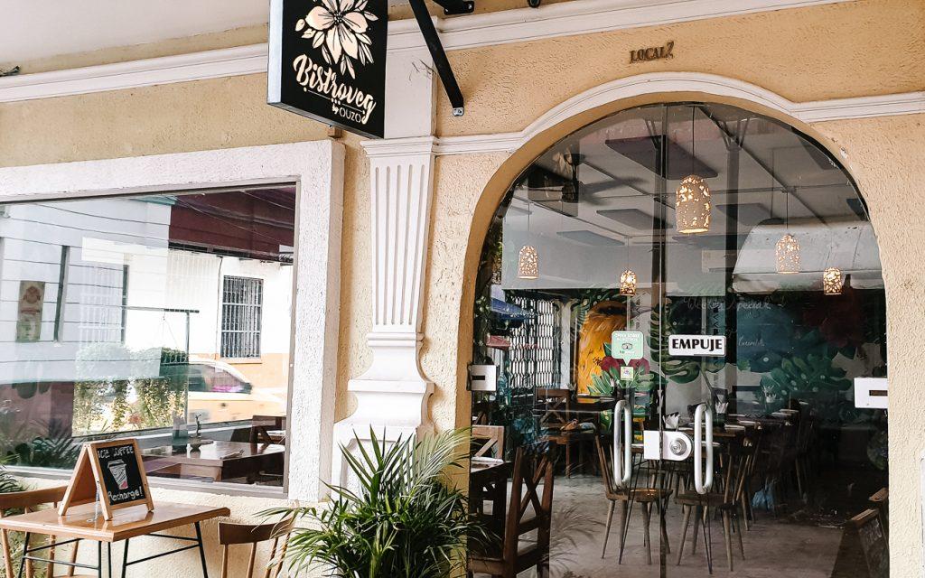 Bistro veg   vegetarian restaurants Santa Marta