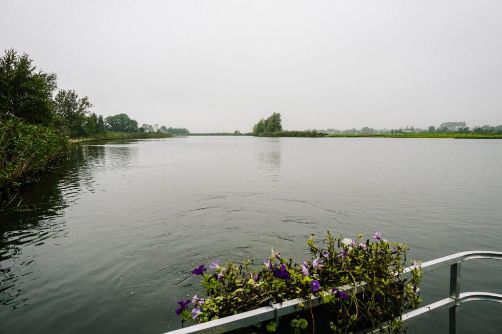 Vuurlinie boat tour around Weesp