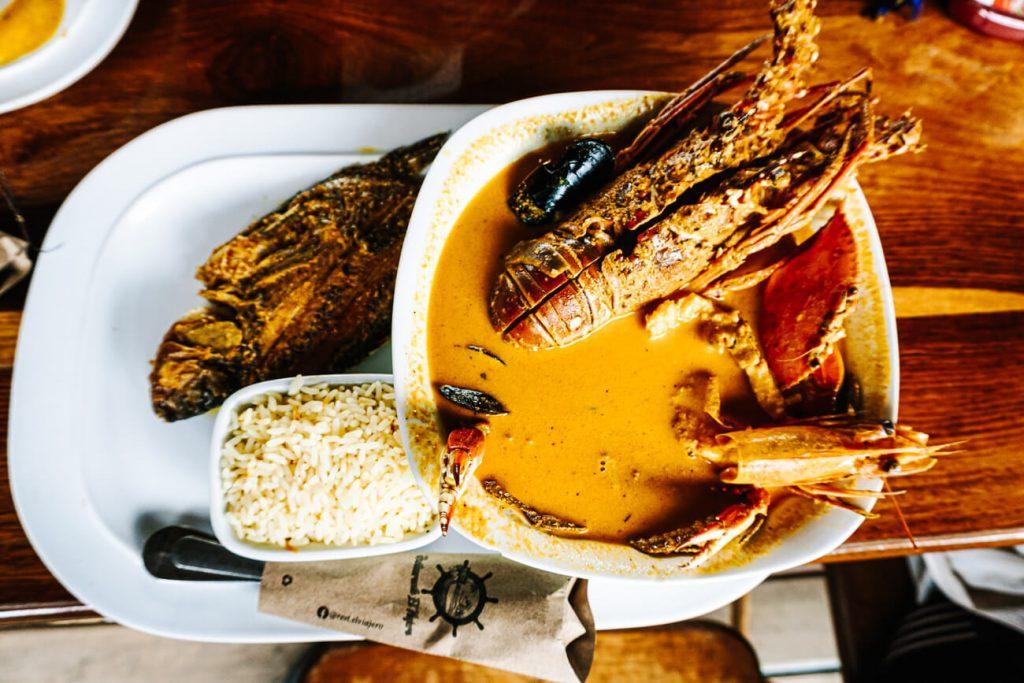 things to do in Rio Dulce guatemala | taste the tapado